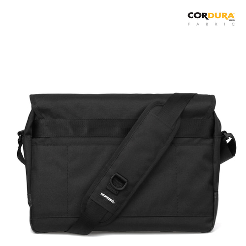ICON MESSENGER BAG / BLACK